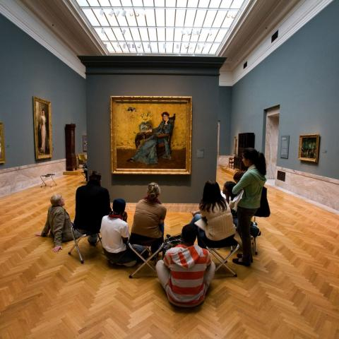 Students at Cleveland Museum of Art