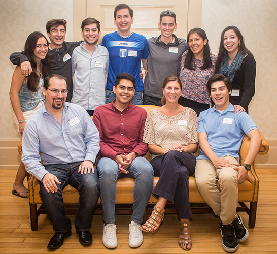 image of members of Latino Alumni Network
