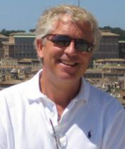 Image of headshot of Peter Knox