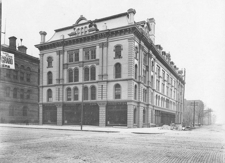 Case Hall, a noted concert and lecture hall at Public Square and Superior is shown as it appeared in the early 1900s. WRHS.