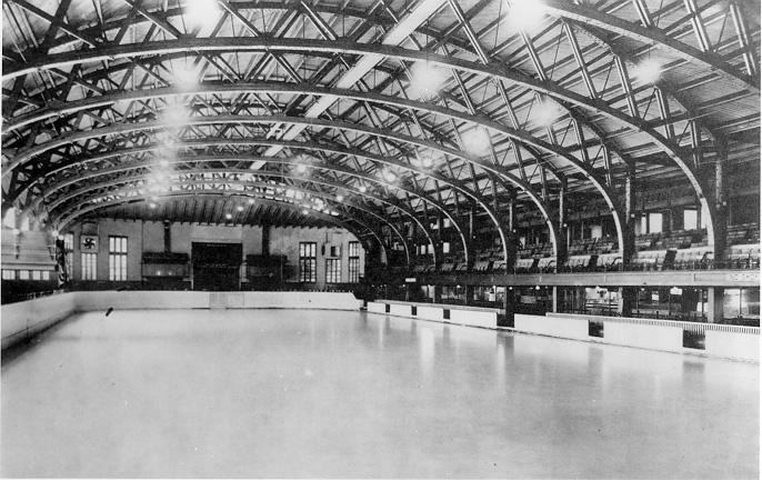 The vast interior of Cleveland's first ice skating venue, the Elysium stands empty in this undated photograph. WRHS, courtesy of the Kekic Collection