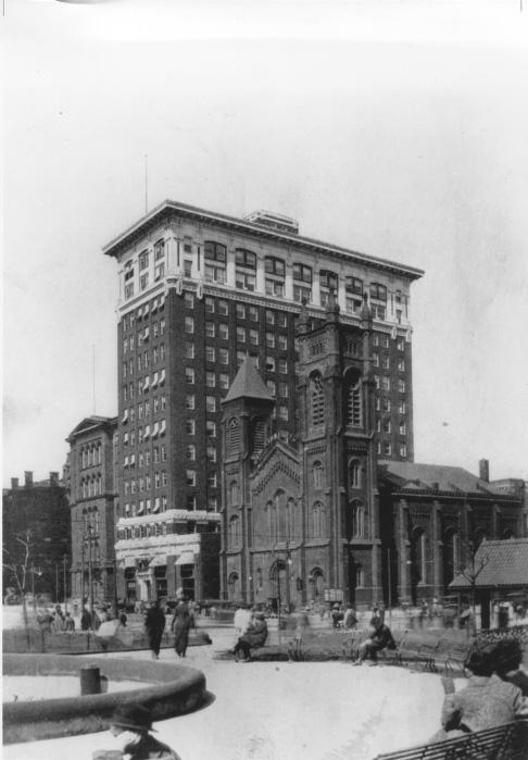 The Old Stone Church (First Presbyterian Church) next to the Cleveland Electric Illuminating building, ca. 1910. WRHS