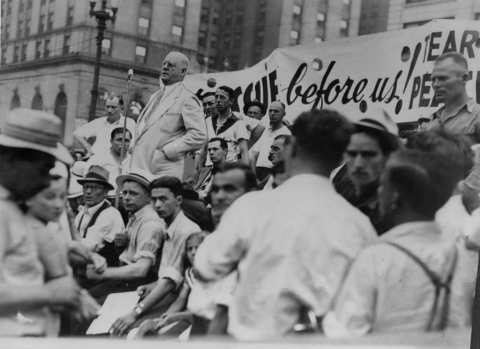 CIO Director Lee Hall addresses a crowd of CIO members on Public Square during the Little Steel Strike, early July 1937. Cleveland Press Collection, CSU Archives.