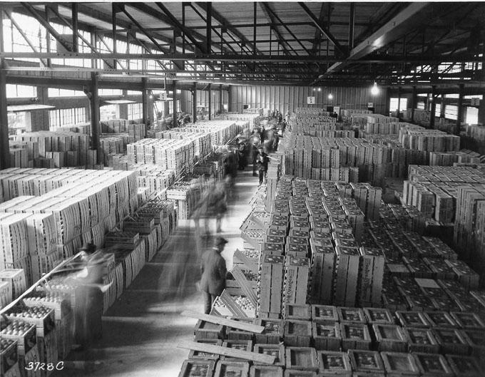 Inside the Northern Ohio Food Terminal as it appeared in 1929. WRHS.