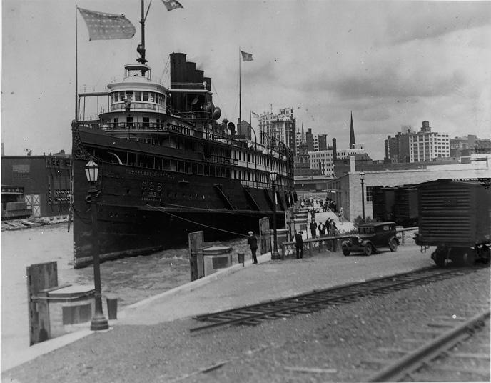 The S.S. Seeandbee docked in Buffalo, ca. 1930. Cleveland Press Collection, CSU Archives.
