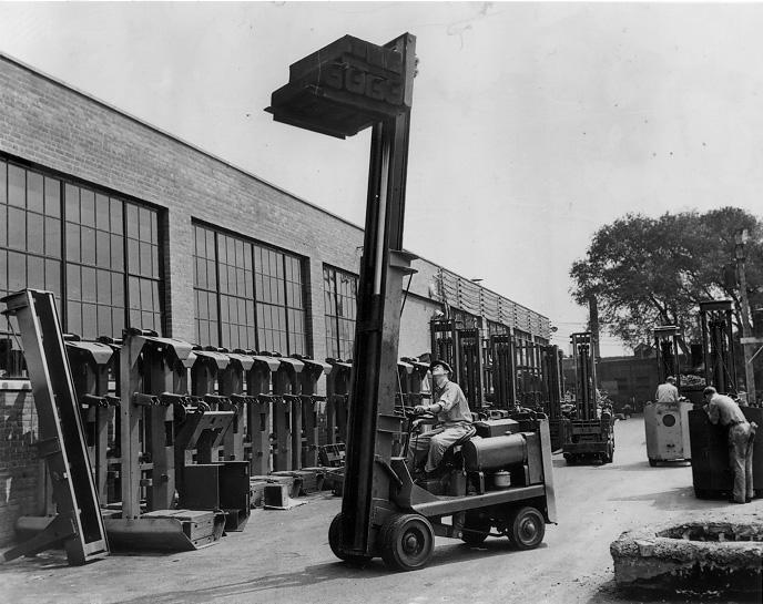 Forklift testing at Towmoter Corp., Aug. 1942. Cleveland Press Collection, CSU Archives.