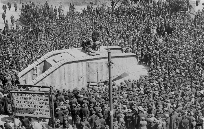 A World War I Liberty Loan drive on Public Square, July 1918. WRHS.
