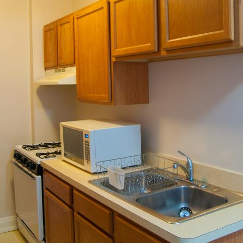 1680 Apartments Example Kitchen 2