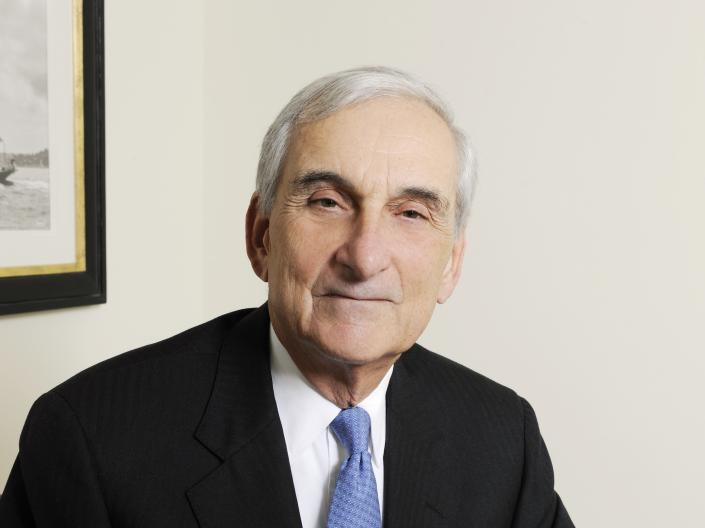 Austin Fragomen ('68), founder of world's largest immigration firm (NYC)