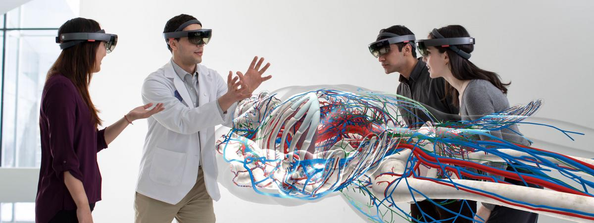Anatomy students using Hololens