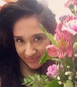 Erika Ramos with flowers