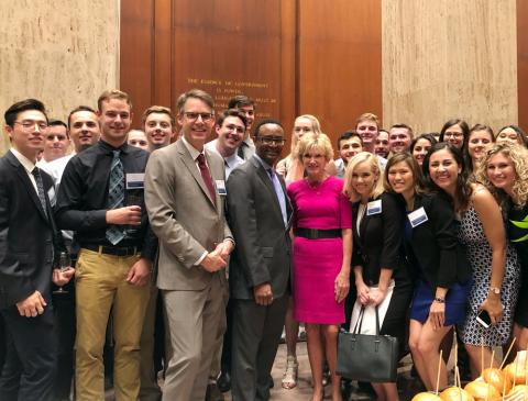 Case Western Reserve University Master of Science in Anesthesia students with CWRU president and provost in Washington, D.C.