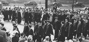 Students line up for 1949 Commencement