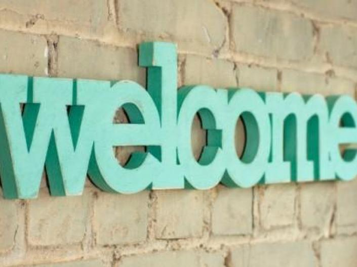 Green Welcome Sign