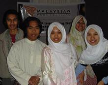 group of students at Malaysian food festival
