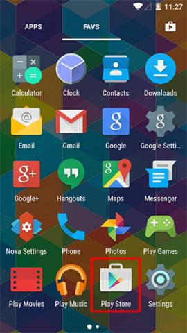 Android Home Screen with Play Store button highlighted