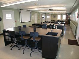 Squire Valleyview Farm Classroom Empty